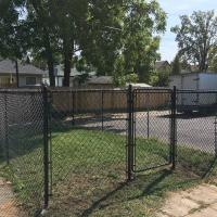 black chainlink fence 1 gate