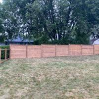 horizontal wood fence