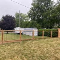 wood hog fence